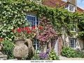 charleston-farmhouse-in-sussex-home-of-the-bloomsbury-group-djfea7