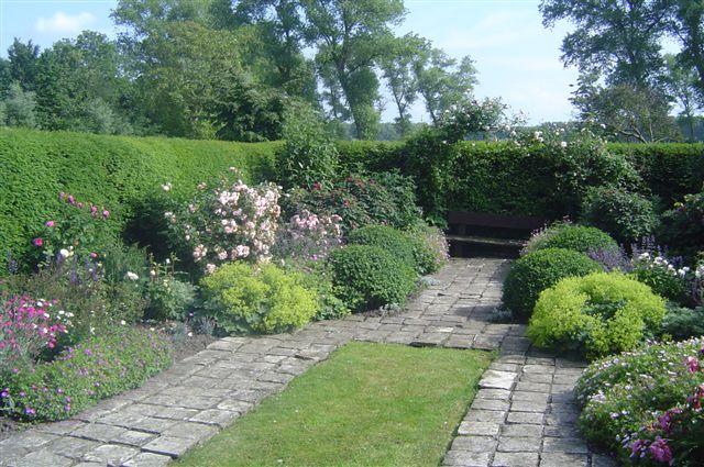 Des jardins et coins secrets de belgique littorelles for Jardin belgique