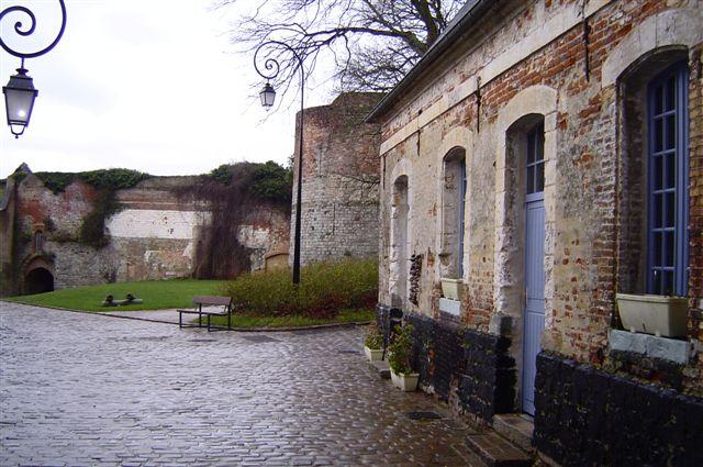 montreuil-sur-mer-3